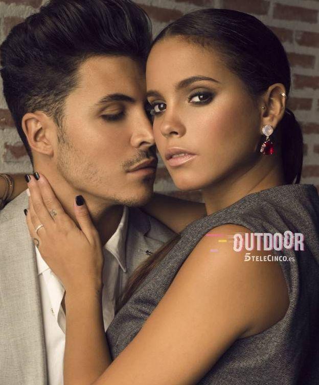 Foto: Kiko Jiménez y Gloria Camila en una sesión de fotos para Telecinco y su nuevo programa en mtmad.