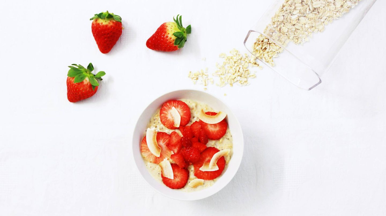 Las gachas o porridge pueden ser una merienda estupenda. (Ana Azevedo para Unsplash)