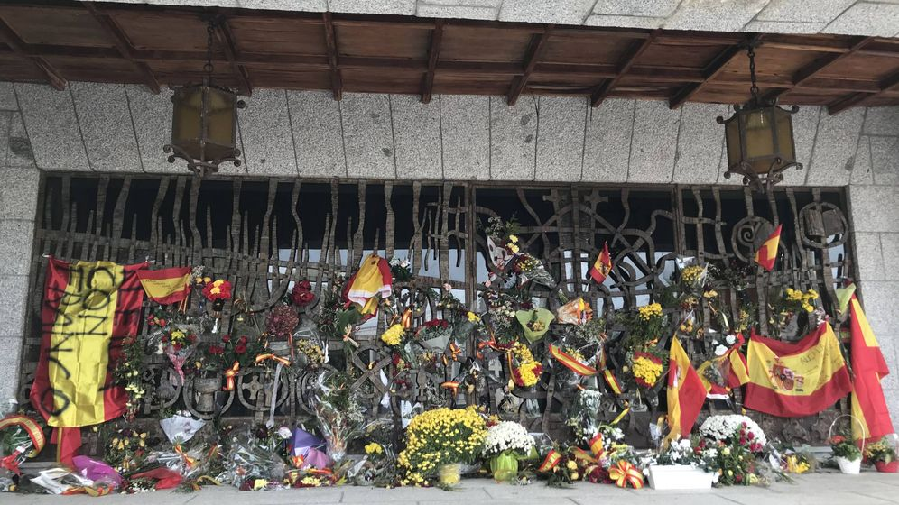 Foto: Vista del panteón familiar de los Franco en el cementerio de Mingorrubio. (EC)