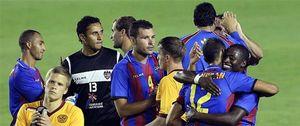 Foto: El Levante reacciona ante el Hannover pero acaba segundo de su grupo