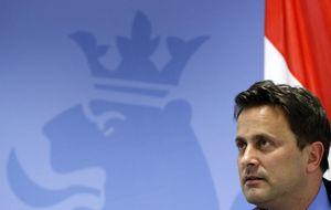 Luxemburgo asegura que cumple las reglass y Bruselas amenaza