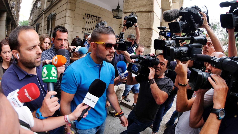 El joven Ángel Boza, el tercero de los integrantes de 'La Manada' que se ha personado en el juzgado. (EFE)