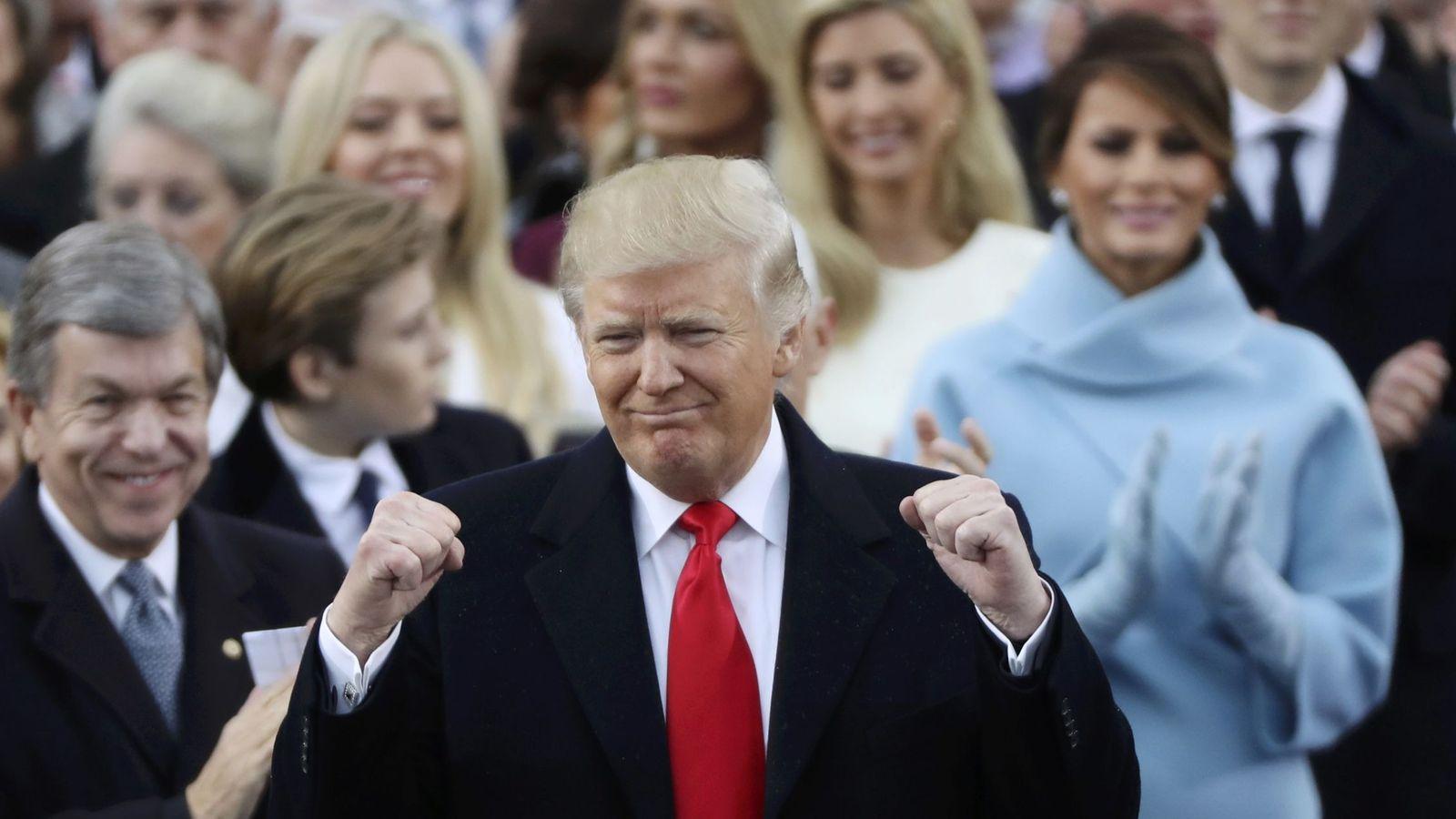 Foto: El presidente Donald Trump tras jurar el cargo en el Capitolio, el 20 de enero de 2017 (Reuters).