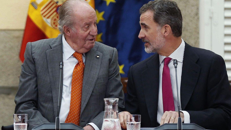 Los reyes Juan Carlos y Felipe. (EFE)