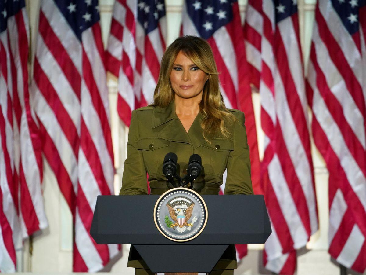 Foto: Melania Trump y su nuevo look. (Reuters)