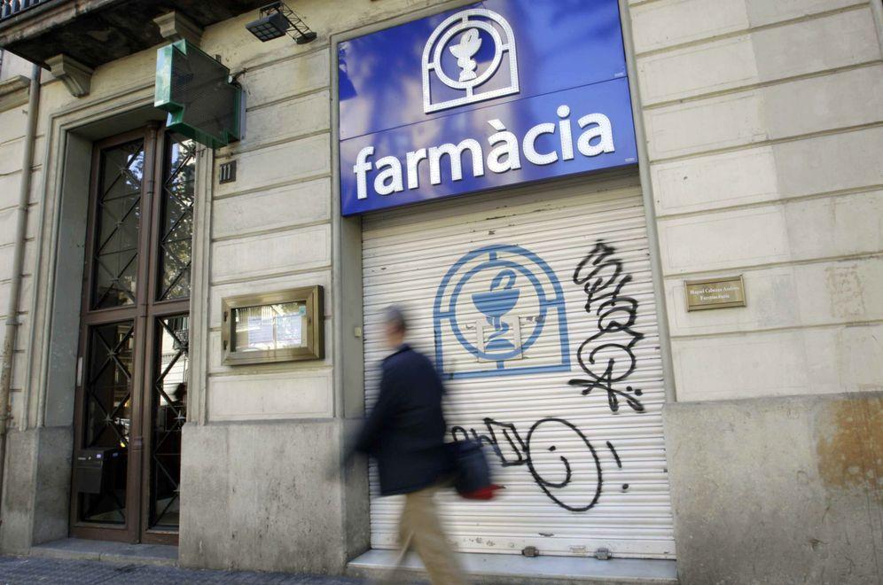 Foto: El pasado mes de octubre Cataluña comunicó a las farmacias que no tenía dinero para pagar medicamentos. (Efe)