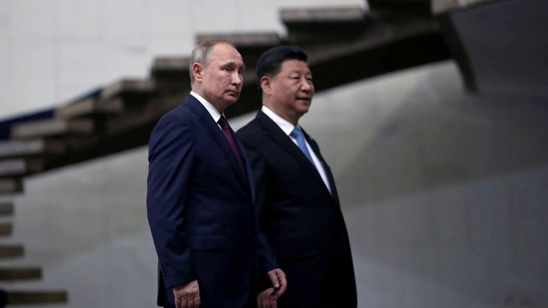 Vladimir Putin y Xi Jinping, en una cumbre. (EFE)