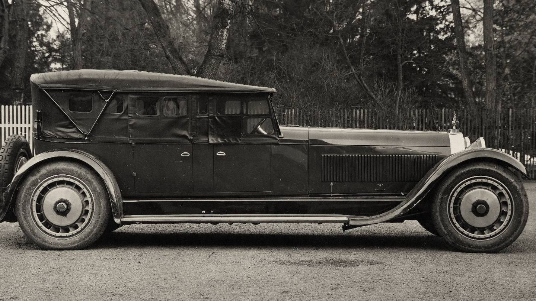 Este es el prototipo del Bugatti Royale de 1926 con carrocería aún más larga y motor de 14,7 litros.