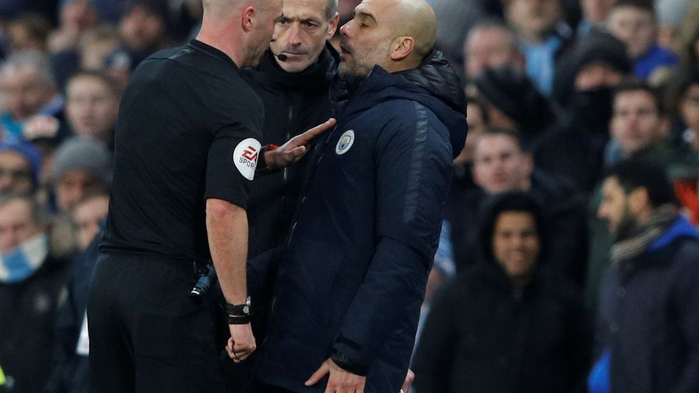 Pep Guardiola escoge el victimismo y se ayuda de la suerte para dar vida a la Premier