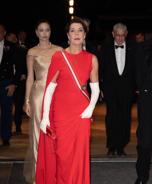 Foto: Carolina de Mónaco, en la gala del Día Nacional, con el modelo de Stella McCartney. (Cordon Press)