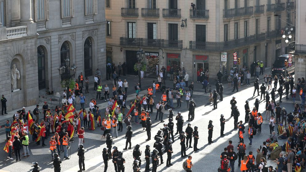La calle confirma la existencia de dos Cataluñas que pugnan por la hegemonía