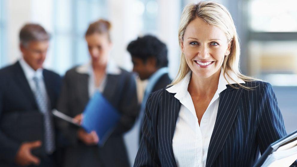 Un 65% de directivas denuncia discriminación en los salarios