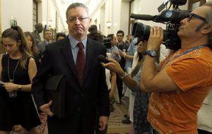 Gallardón retrasa la ley del aborto y no va a 'Parlamentarios por la Vida'