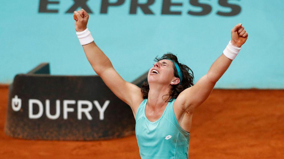 Por los suelos: la épica victoria de Carla Suárez en el Masters de Madrid