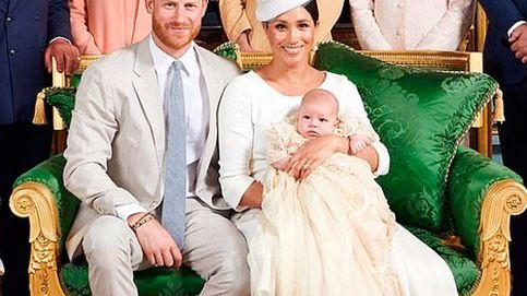 Archie y Lili: la diferencia de su presentación al mundo sin la presión de Casa Real