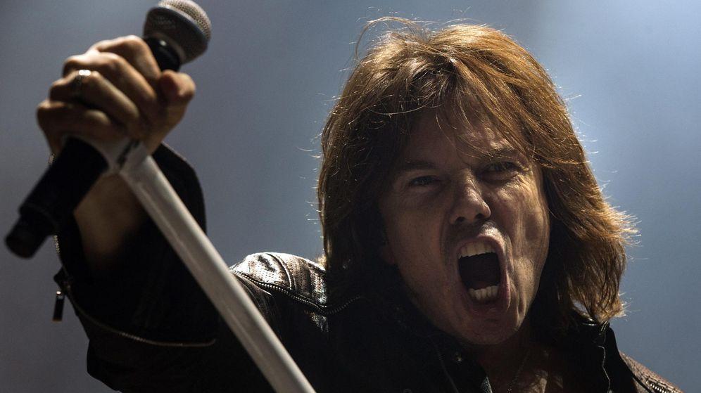 Foto: Joey Tempest en una actuación con Europe.