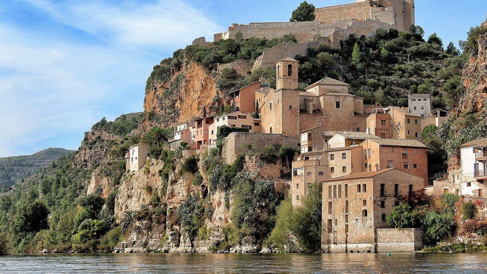 Foto: Miravet te recordará a las Cinque Terre, pero está en Tarragona. (Cortesía Turismo Ribera del Ebro)