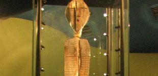 Post de El ídolo de Shigir: la escultura de hace 11.000 años de la que nada se sabe