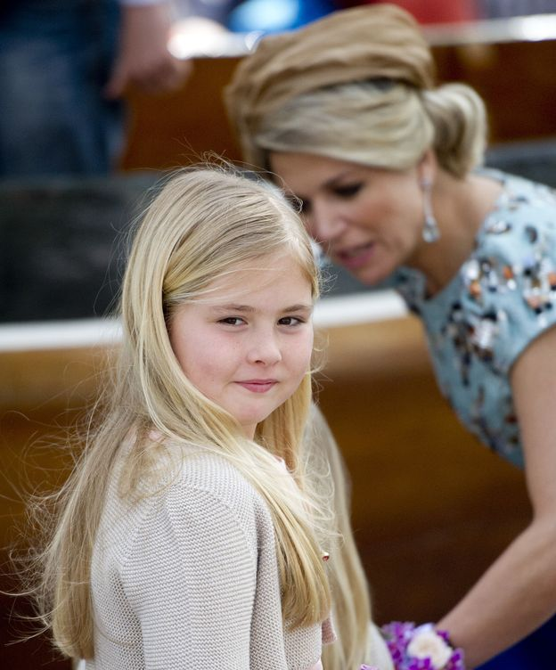 Foto: La princesa Amalia con su madre en una imagen de archivo (Gtres)