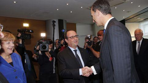 Felipe VI traslada su consternación a Hollande en un telegrama