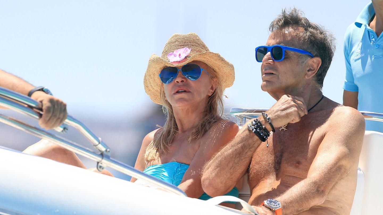 La baronesa Thyssen y Manolo Segura en Ibiza (Gtres)