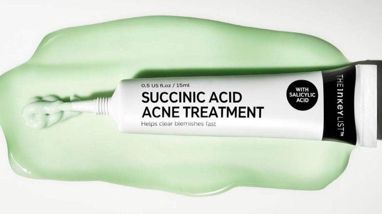 Succinic Acid Blemish Treatment de The Inkey List.