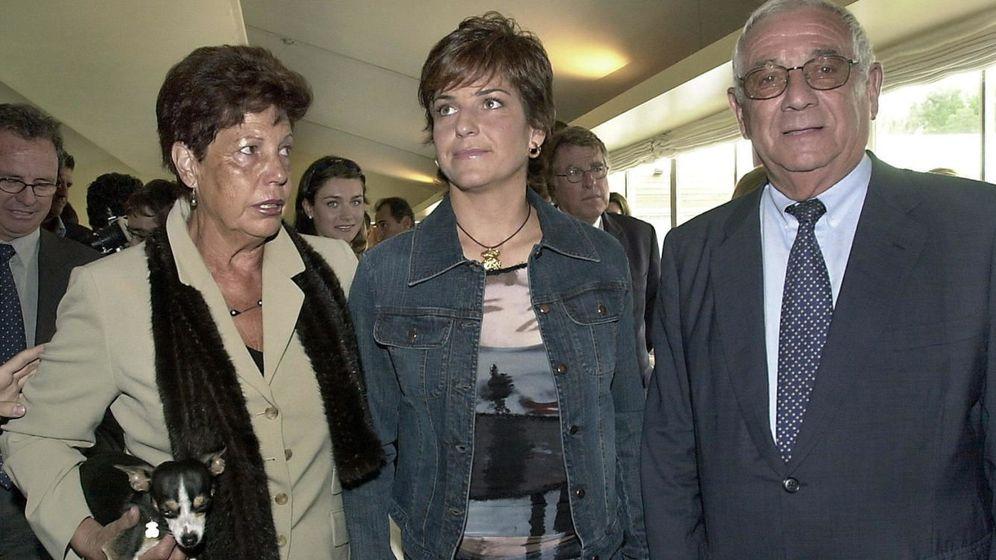 Foto: Arantxa Sánchez Vicario y sus padres