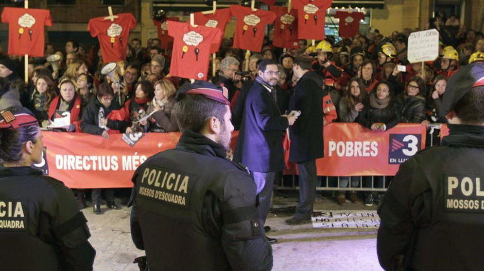 Foto: Protestas de trabajadores de la televisión pública TV3 en una foto de archivo. (EFE)
