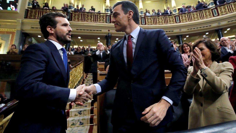Casado se replantea su estrategia en la oposición para sumar huérfanos del PSOE