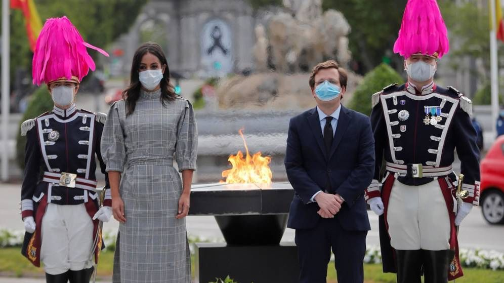 Foto: Inauguración del monumento a las víctimas del coronavirus.