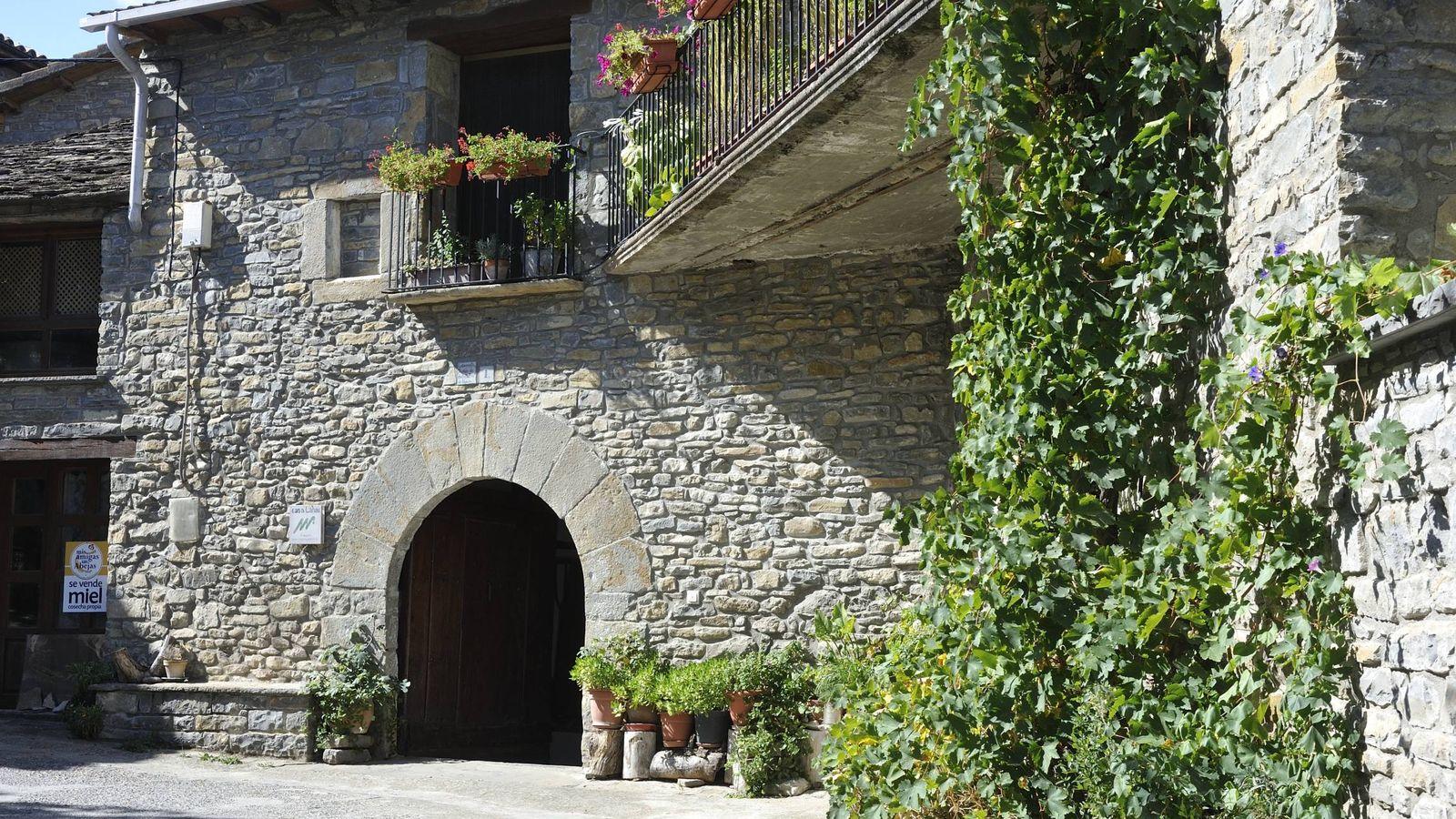 Aínsa: averigua por qué este pueblo del Pirineo es la capital del turismo rural 2018