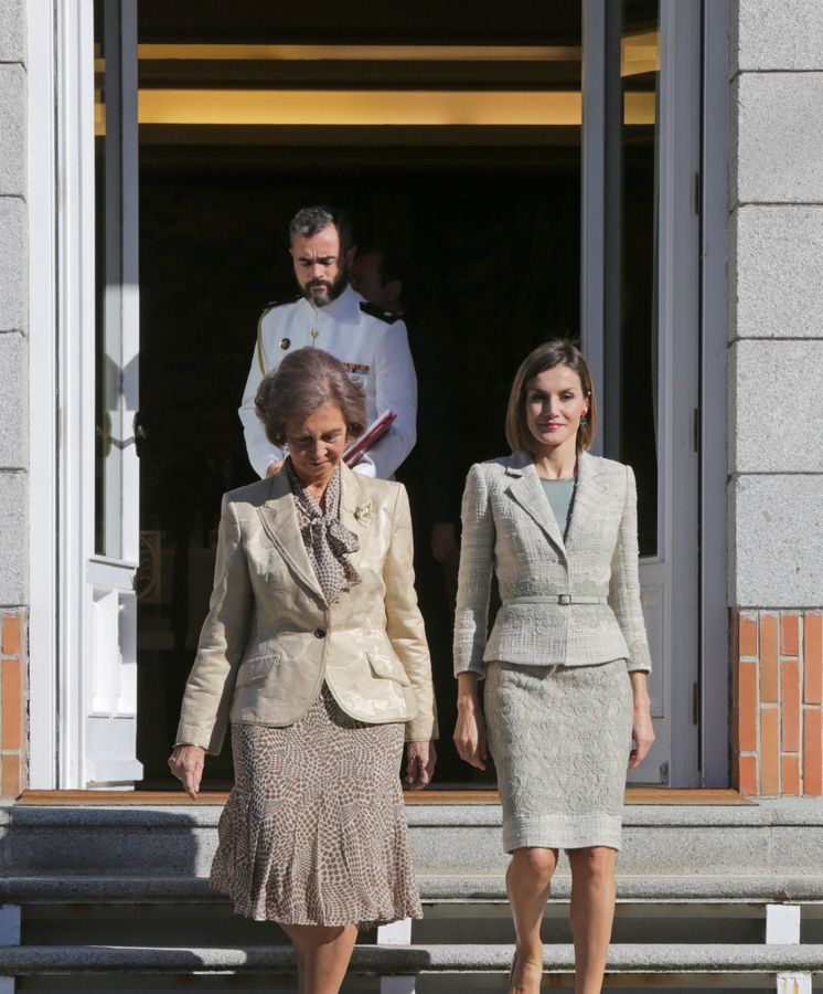 Foto: La Reina Sofía y la Reina Letizia, en el palacio de La Zarzuela (Gtres)