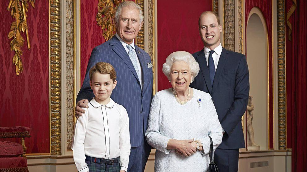 Isabel II, reina entre reyes: los detalles de su foto con Carlos, Guillermo y George