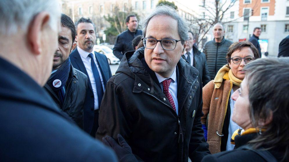 Foto: El presidente de la Generalitat, Quim Torra (c),a su llegada al Tribunal Supremo este lunes. (EFE)