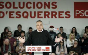 Navarro (PSC) pide la renovación de la monarquía española