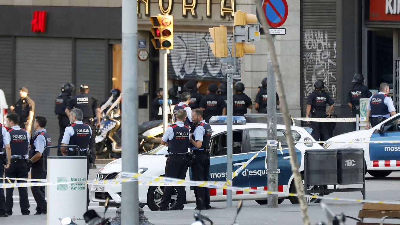 Los valores turísticos, los más castigados por el mercado tras los atentados de Barcelona