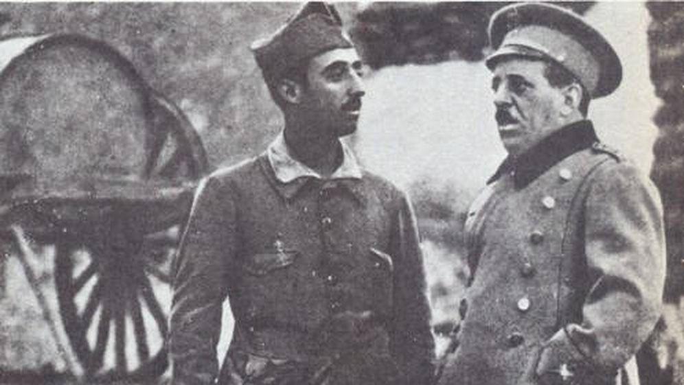 Foto: Francisco Franco y el general José Sanjurjo en Melilla en 1921.