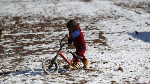 Todo vale para jugar en la nieve