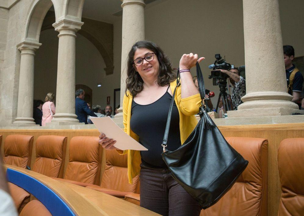Foto: La diputada de Podemos en el Parlamento de La Rioja, Raquel Romero, este 18 de julio. (EFE)