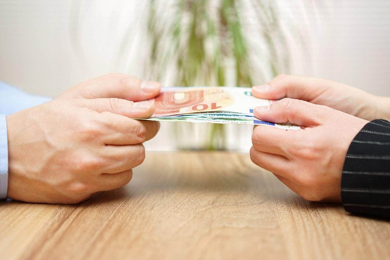 Foto: No habrá discusiones. Todo a la cuenta del banco. (iStock)