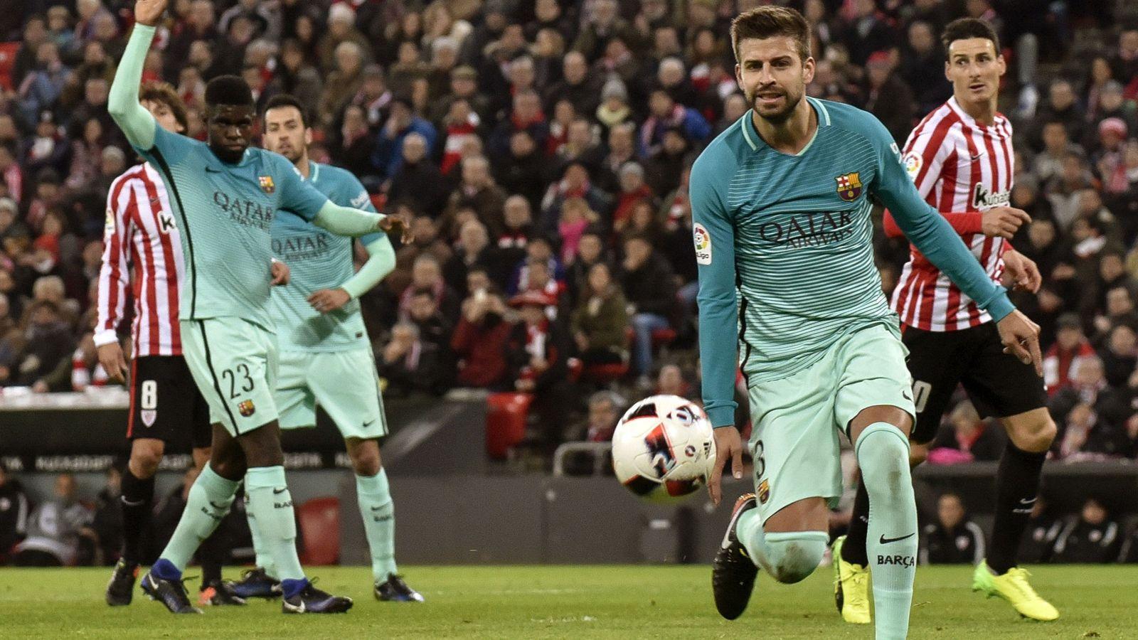 FC Barcelona  Piqué se queja de la diferencia de arbitrajes y lanza un  dardo a TVE b48838a339c8f