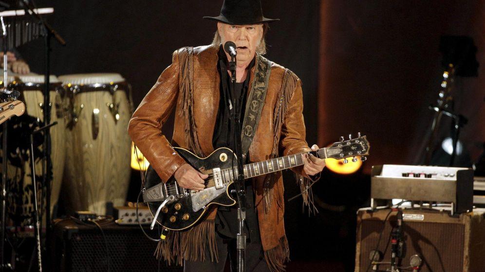 Foto: Neil Young en un concierto del año pasado.