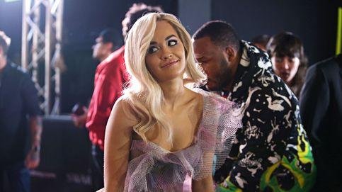 Los dos últimos looks de Rita Ora nos han dejado perplejas