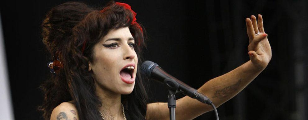Foto: Roban el vestido de novia de Amy Winehouse en su casa de Londres
