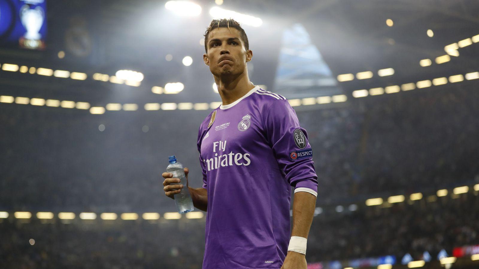 Foto: Cristiano Ronaldo, instantes antes de la final de Champions. (Reuters)