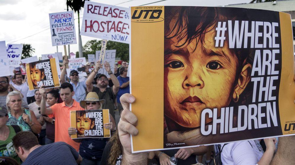 Foto: Protestas contra la detención de niños inmigrantes. (EFE)