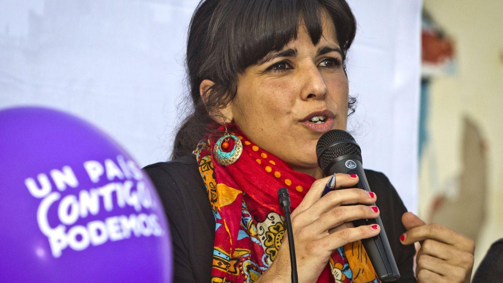 Foto: Teresa Rodríguez en un mítin en Aljaraque (Huelva). (EFE)