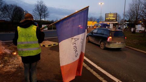 Macron cede pero no apaga el fuego: los sindicatos despiertan al olor de la sangre