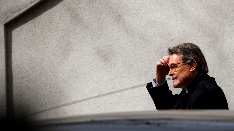El fiscal pide cuatro años de cárcel para dos altos cargos de Mas por espiar 'e-mails'