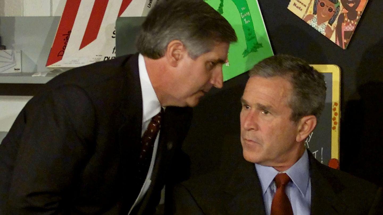 El presidente Bush recibe la noticia del ataque a las Torres Gemelas (Reuters)